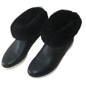 FITFLOP Black Leather Shearling Comfy Booties